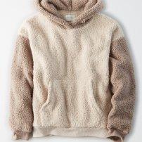 https://www.ae.com/us/en/p/women/hoodies-sweatshirts/classic-hoodies-sweatshirts/ae-fuzzy-sherpa-color-block-oversized-hoodie/0453_9625_900?nvid=plp%3Acat90048&menu=cat4840004