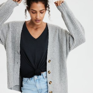 https://www.ae.com/us/en/p/women/sweaters-cardigans/cardigans/ae-oversized-button-up-cardigan/1340_8725_020?nvid=pdp%3A1340_8725_020