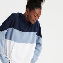 https://www.ae.com/us/en/p/women/hoodies-sweatshirts/oversized-hoodies-sweatshirts/ae-fleece-color-block-drop-shoulder-hoodie/1453_9456_410?isFiltered=false&nvid=plp%3Acat90048&menu=cat4840004