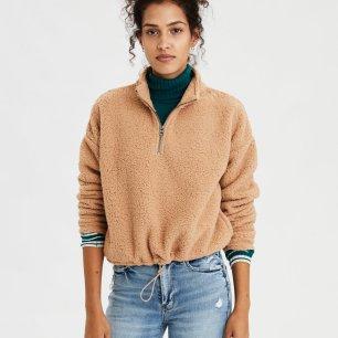 https://www.ae.com/us/en/p/women/hoodies-sweatshirts/classic-hoodies-sweatshirts/ae-fuzzy-sherpa-quarter-zip-sweatshirt/1457_9584_249?isFiltered=false&nvid=plp%3Acat90048&menu=cat4840004